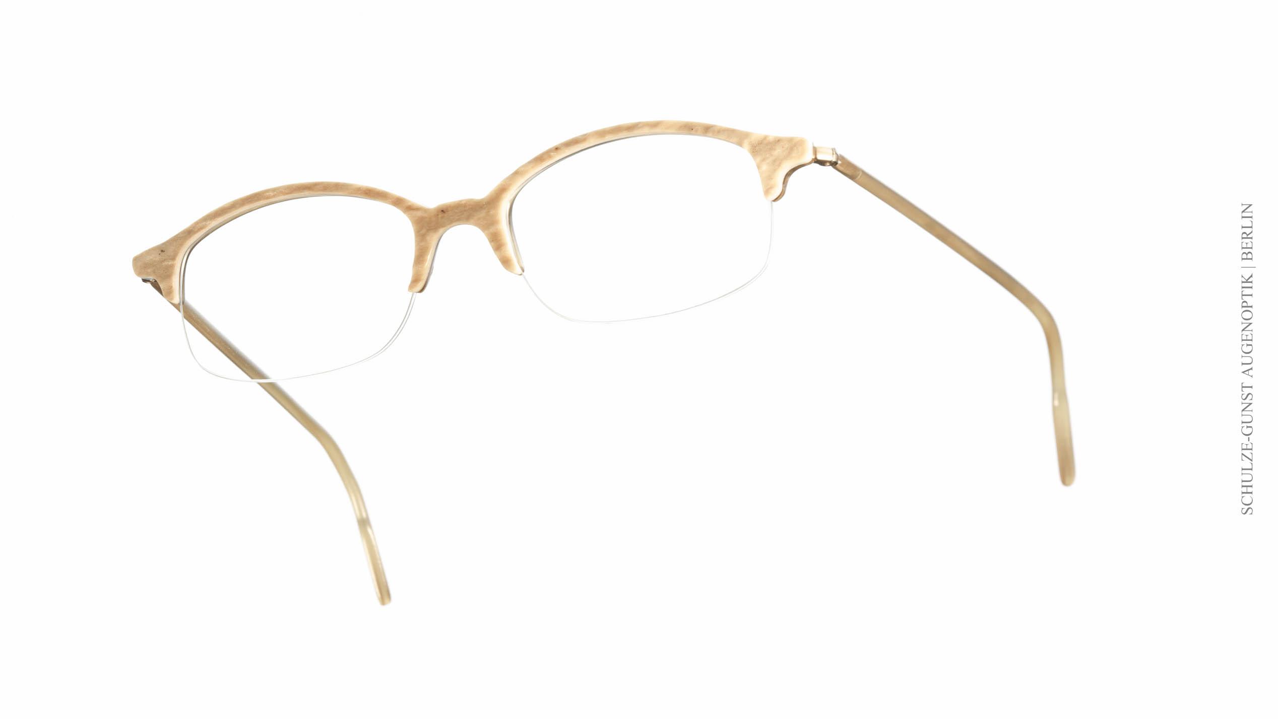 0122 – Hoffmann / Hirsch - SCHULZE-GUNST Augenoptik seit 1894
